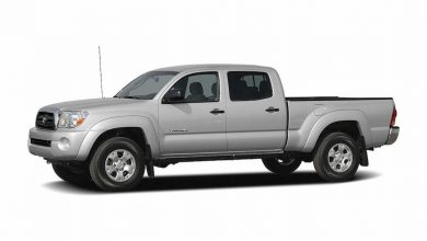 Photo of 2005–2006 Toyota Tacoma Pickup Truck Repair and Service Manual.